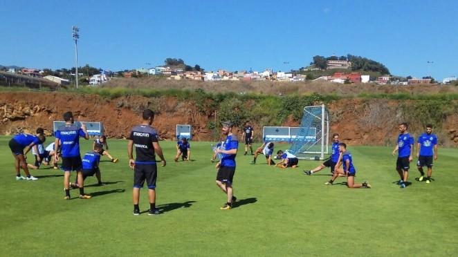 Última sesión de trabajo, a pocas horas de disputar el Trofeo Teide en Tenerife
