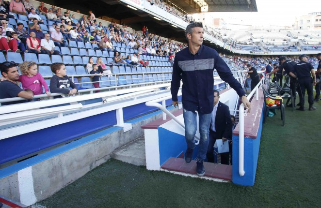 Resultado de imagen de El entrenador del CD Tenerife