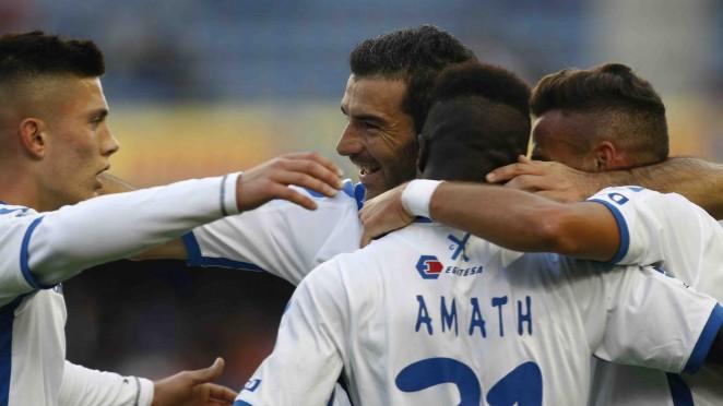 Los jugadores del CD Tenerife, muy contentos con el triunfo