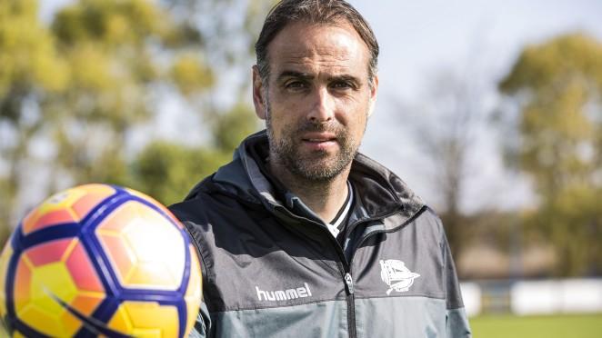 Entrevistamos A Javier L U00f3pez Vallejo  Entrenador De Porteros Del Deportivo Alav U00e9s