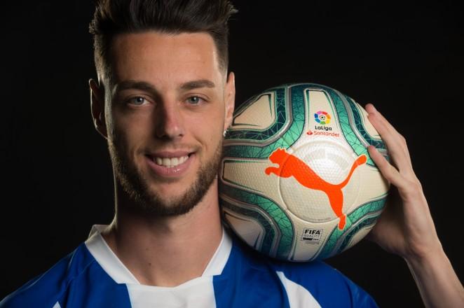 Burgui deja el Alavés y jugará cedido en Zaragoza hasta final de temporada (Foto: DA).