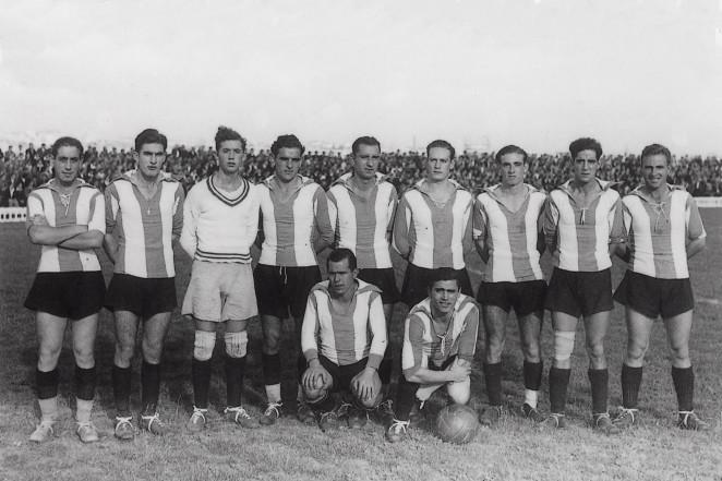 El Campeonato Nacional de Liga vuelve a la palestra tras la conclusión de la  Guerra Civil. La temporada comienza con la disputa del Campeonato de  Galicia. 9cd044b2fe044