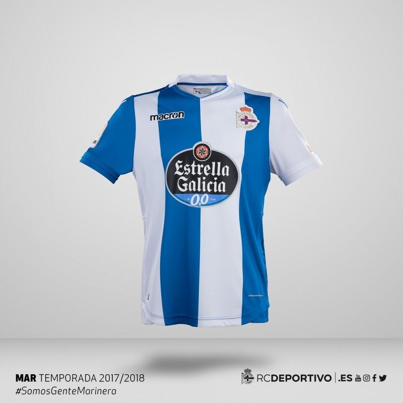 7a8876c3f4632 El primer uniforme recupera el azul original del RC Deportivo