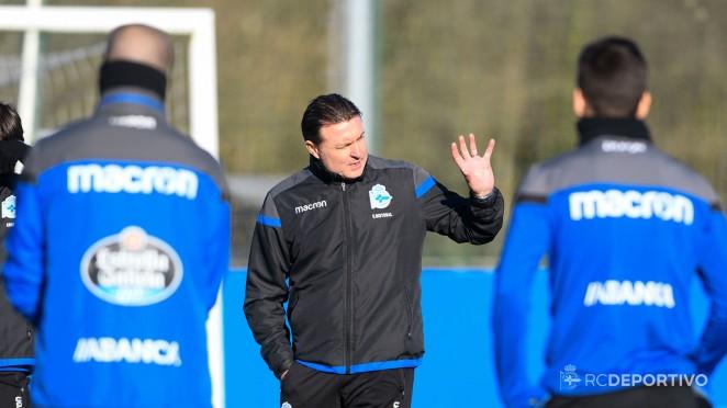 """Constantino Fernández """" echa a la calle"""" a Cristóbal Parralo que deja de ser entrenador del primer equipo del Deportivo"""