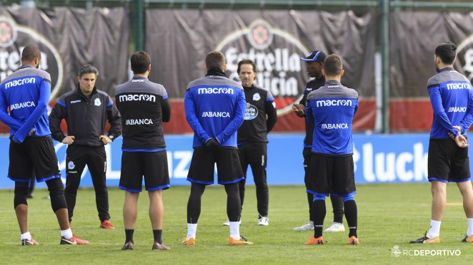 662x372a_2012330620180220_entrenamiento Seedorf trabaja con tan solo 6 jugadores esta mañana - Comunio-Biwenger