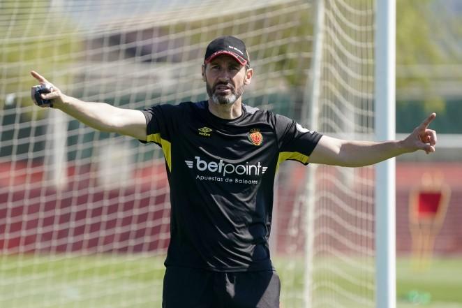 """Vicente Moreno: """"Hay ilusión de ganar los tres puntos"""""""