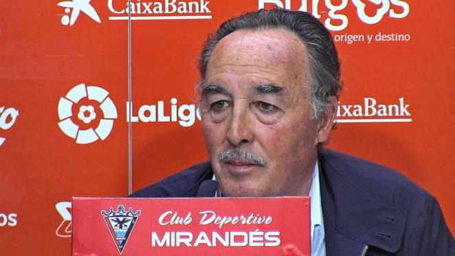 Alfredo de Miguel, presidente del Mirandés, en rueda de prensa (Foto: CDM).
