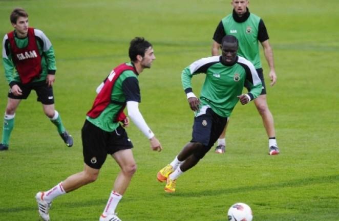 Marcos Gullón, con la pelota