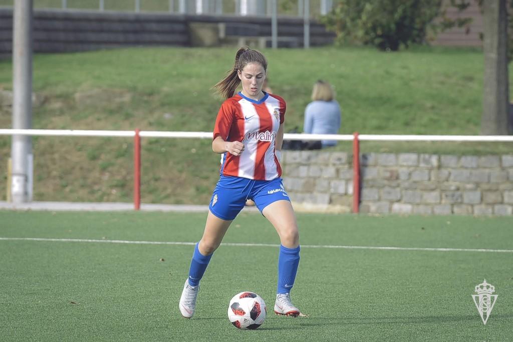 Érika González, durante un partido con el Sporting (Foto: RSG).