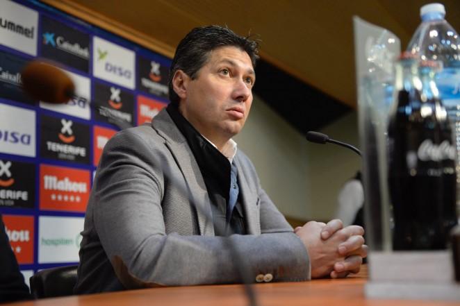 Serrano cree que la plantilla y el entrenador están capacitados para metas altas