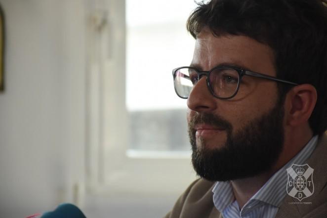 El CD Tenerife y Víctor Moreno acuerdan su desvinculación laboral