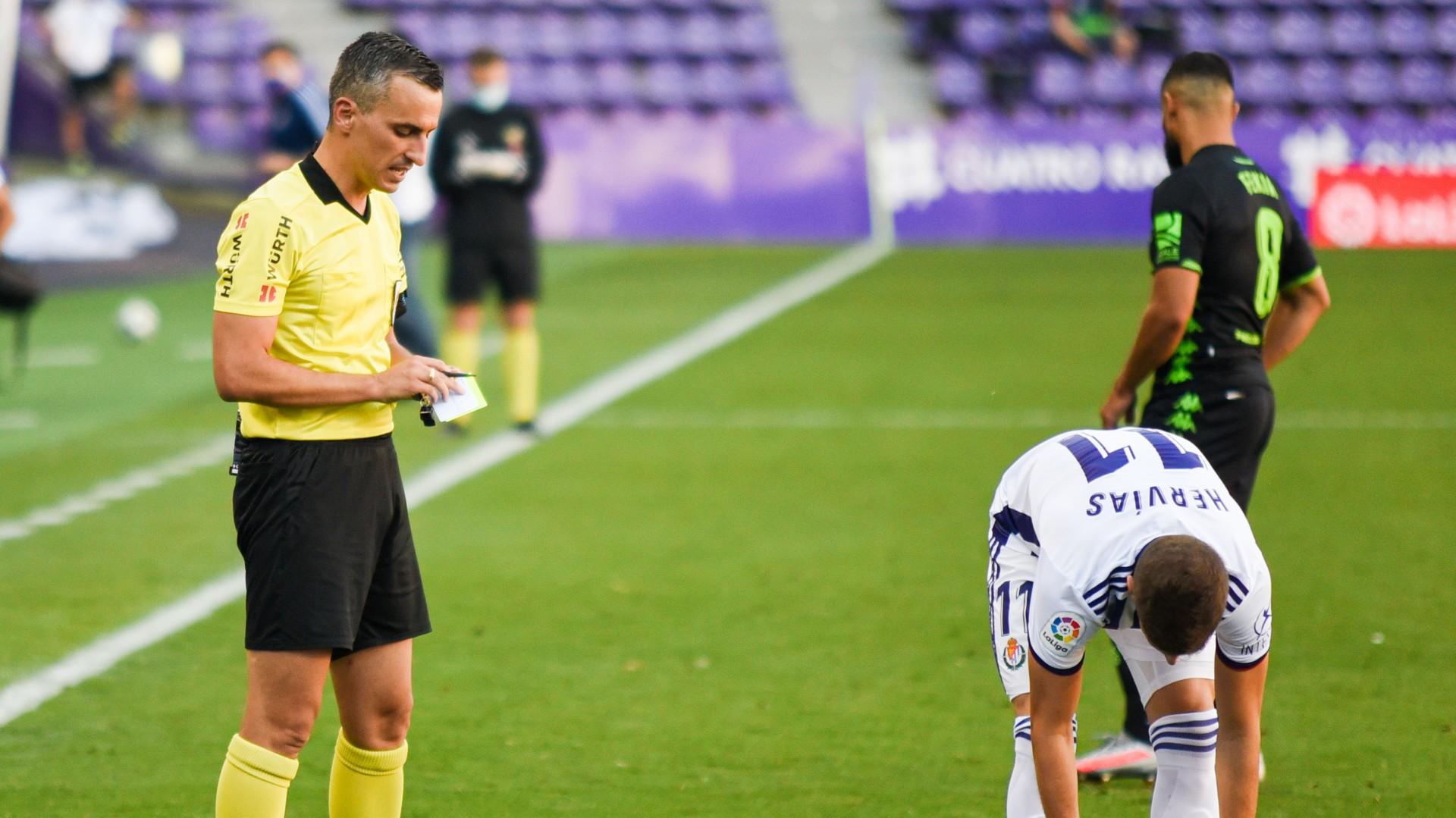 Jaime Latre árbitro Frente Al Elche Real Valladolid Web Oficial